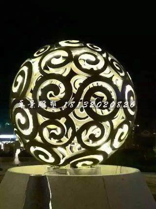 不锈钢镂空球雕塑,大型广场不锈钢镂空透光球