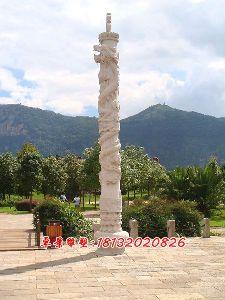 石头柱子石雕龙柱雕塑