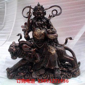 铜财神雕塑,财神骑虎铜雕