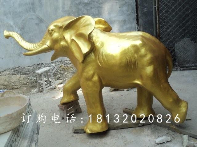 玻璃钢仿铜大象雕塑,广场