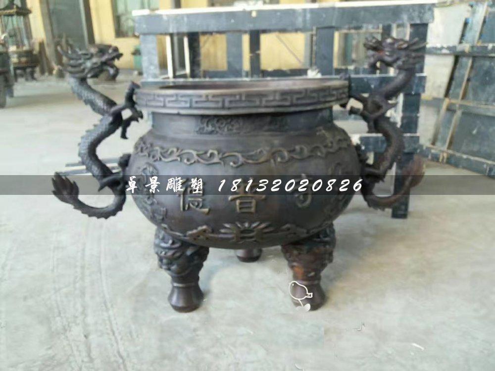 寺庙铜香炉,三足香炉雕塑