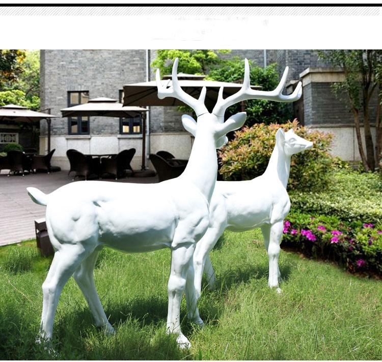 玻璃钢鹿雕塑,公园动物雕塑