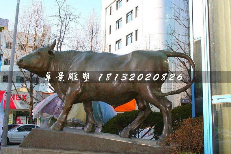 铜牛雕塑,动物雕塑