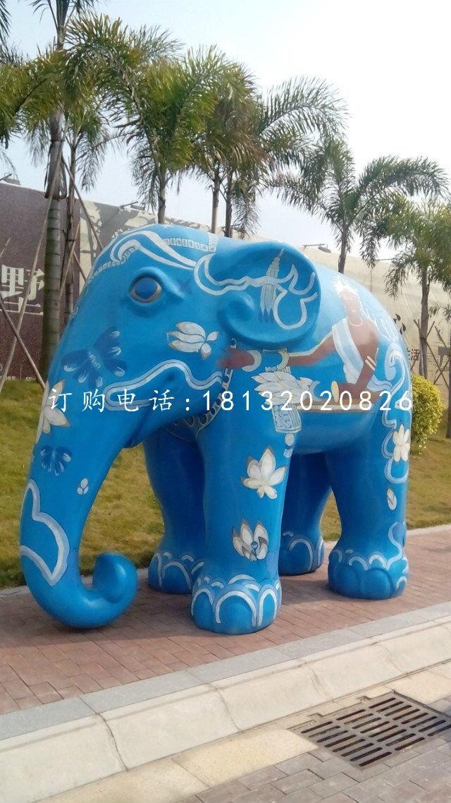 彩绘大象雕塑玻璃钢彩绘动物雕塑