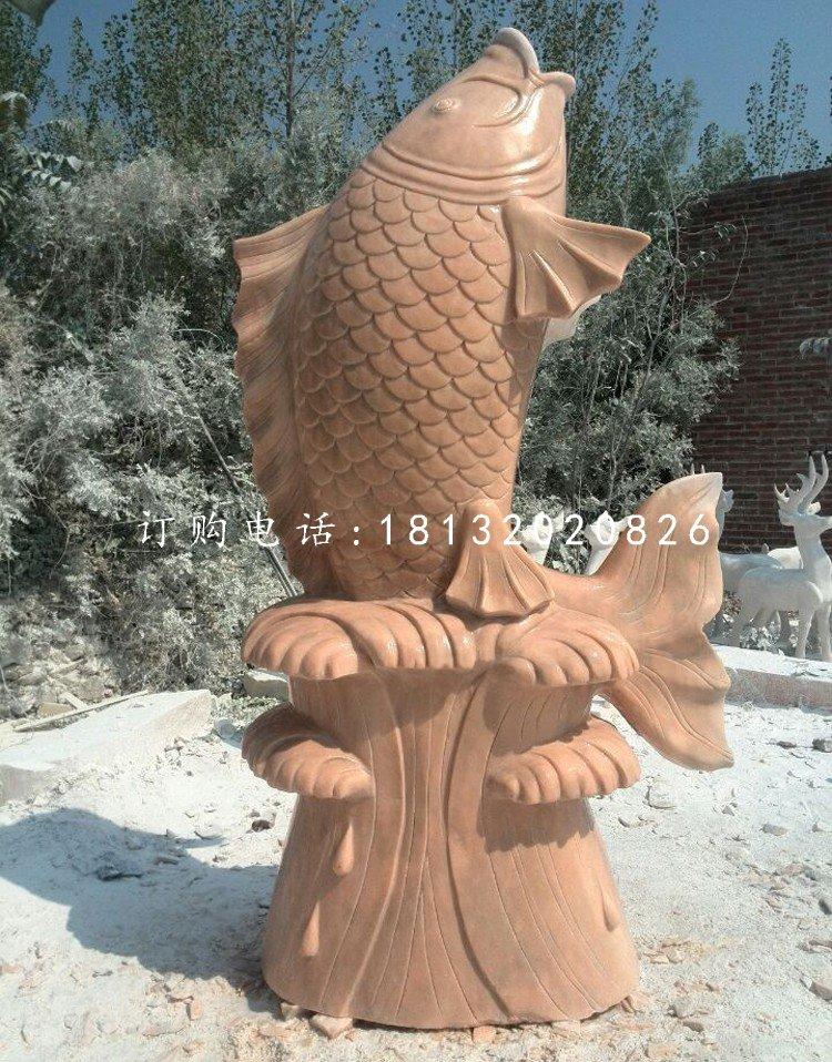 晚霞红石雕鱼喷水鱼雕塑
