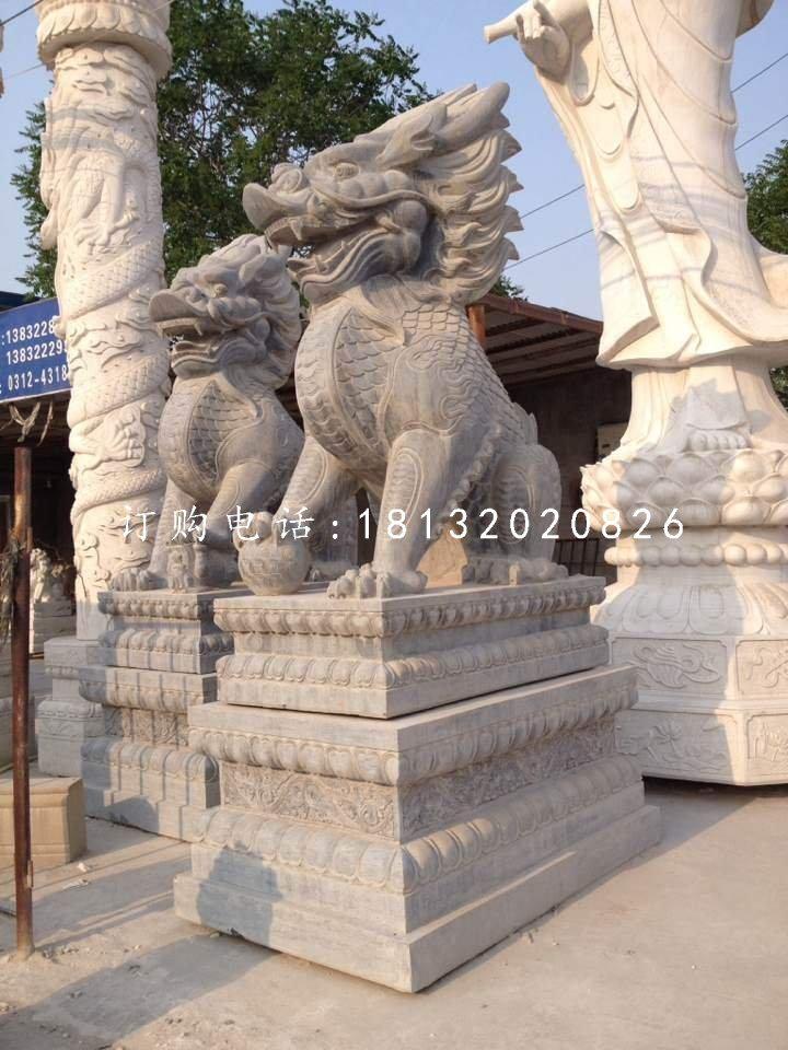 青石麒麟雕塑石雕古代神兽