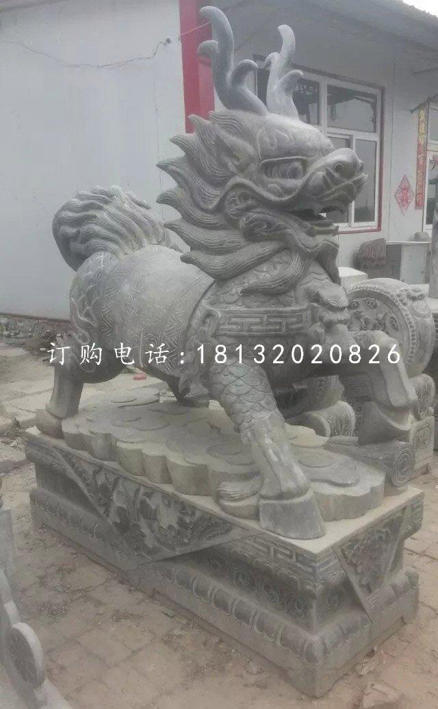 青石麒麟雕塑,广场石雕麒麟