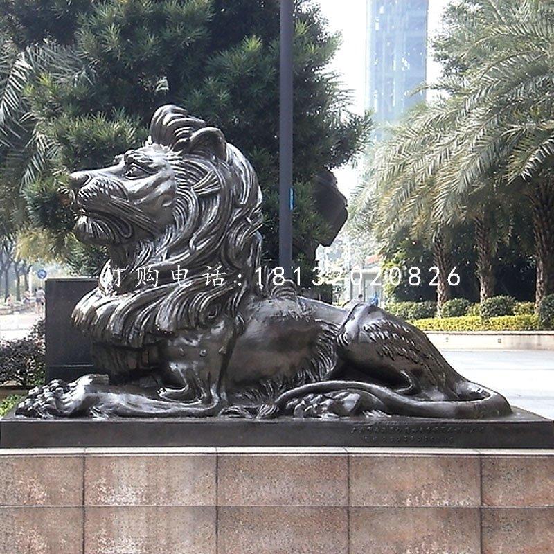 卧着的西洋狮铜雕看门狮子铜雕