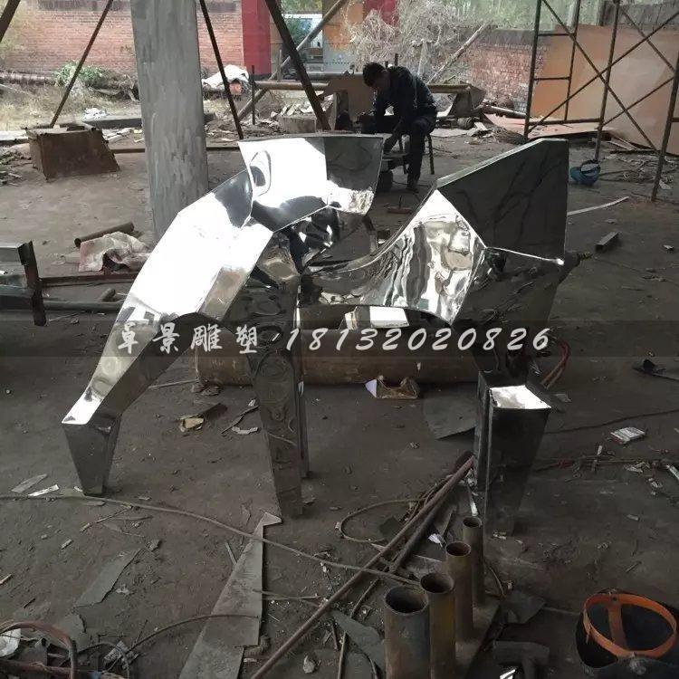 抽象小马雕塑不锈钢动物雕塑