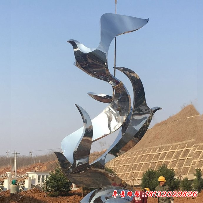 不銹鋼鏡面抽象鴿子