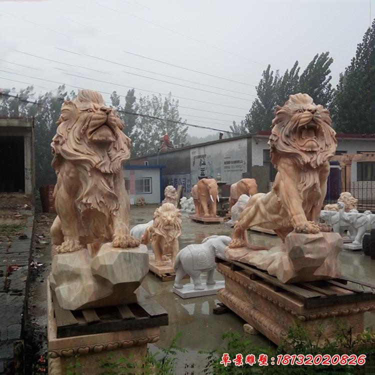晚霞紅歐式獅子石雕