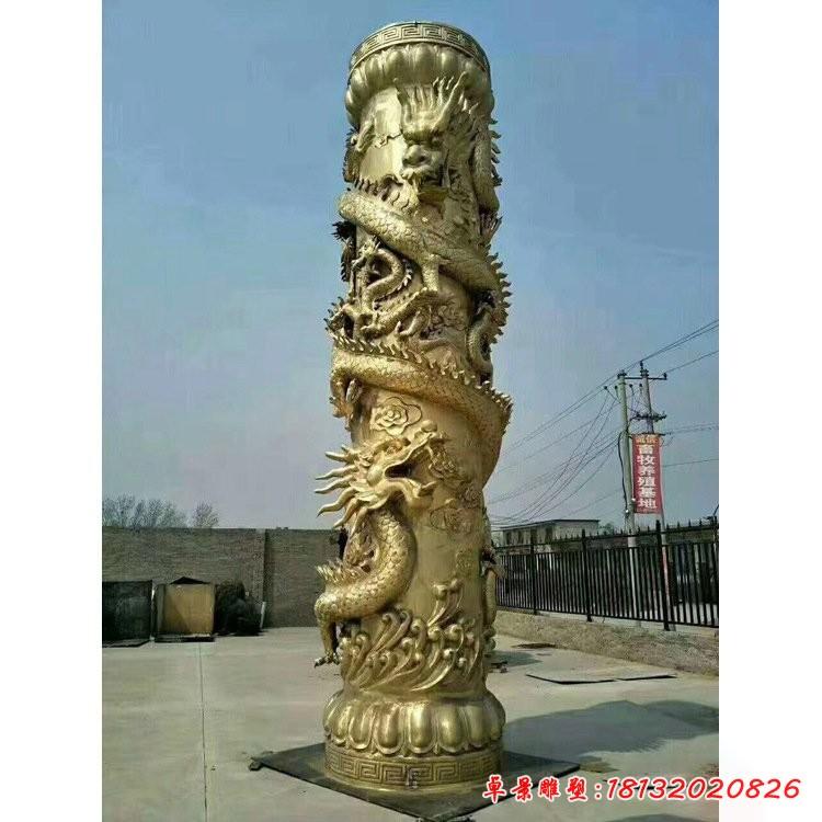 銅雕廣場龍柱